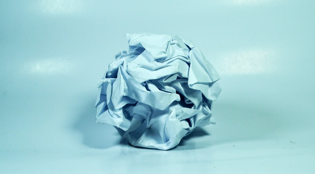 crushed-paper-1141810_1280