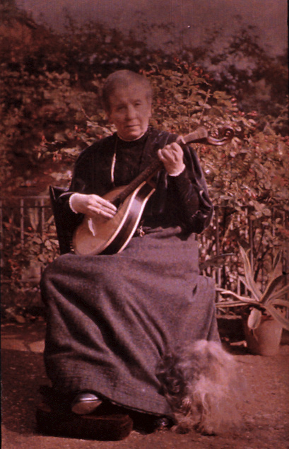 sarah_acland_with_her_portuguese_guitar_and_dog_self-portrait